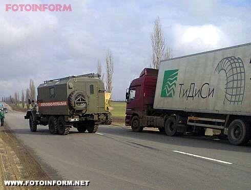 Кіровоград: протягом доби надано допомогу двом водіям (фото)