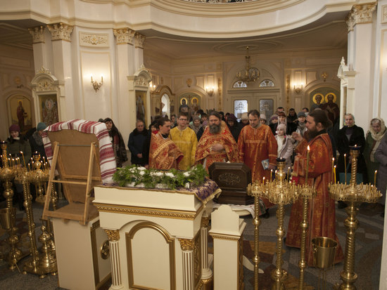 В цьому році 1-ша неділя Великого посту - день Торжества Православ'я, приходиться на 25 лютого, день святкування Іверської ікони Божої Матері, великої святині Вселенського Православ'я.