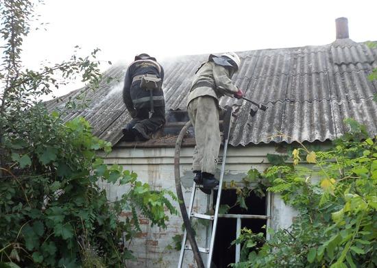 Протягом доби, що минула, рятувальники Кіровоградщини ліквідували дві пожежі у житловому секторі.
