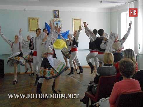07 березня 2013 року в Петрівській виправній колонії управління ДПтС України в Кіровоградській області (№49) відбулося святкове привітання всіх жінок зі святом весни, любові та краси – Міжнародного жіночого дня 8 Березня.