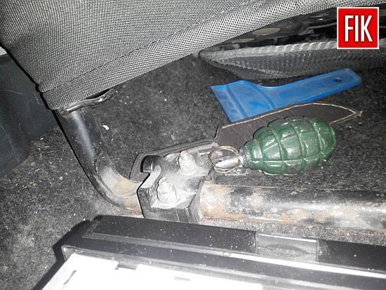 Сьогодні, близько 3-ої години ранку, охоронці порядку помітили ВАЗ 2109 з відімкненою лівою фарою на проспекті Винниченка, повідомляють поліцейскі на своїй сторінці у фейсбуці