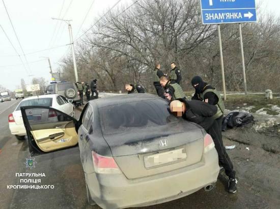 Стрілянина в Кропивницькомму: двоє поранених (ФОТО)