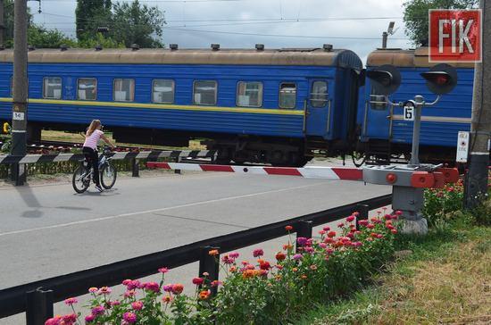 За 2016 рік працівники виробничих підрозділів служби колії регіональної філії «Одеська залізниця» капітально відремонтували 5 переїздів.