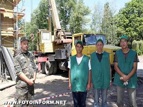 На будівельні роботи по реконструкції театру Кропивницького також залучаються засуджені (ФОТО)