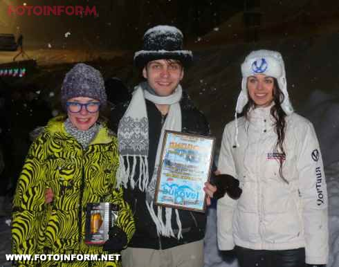Фестиваль снігових фігур (фото)