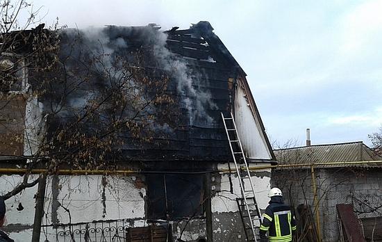 11 грудня о 10:18 до Служби порятунку «101» надійшло повідомлення про пожежу по вул. Холодноярській м. Кропивницький.