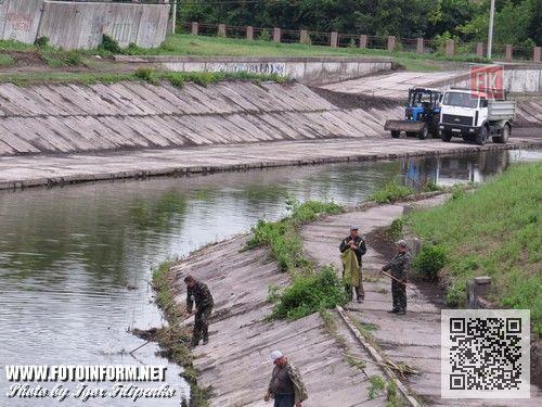 Кировоград: с центра города вывезли двадцать шесть тысяч тонн ила (ФОТО), чистка Ингула