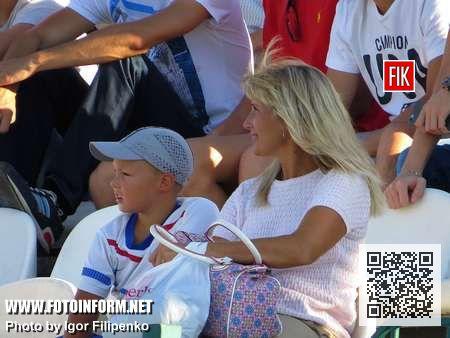 Предлагаем уже традиционный фоторепортаж Игоря Филипенко с футбольного матча «Зирка» - «Черкаський Дніпро»
