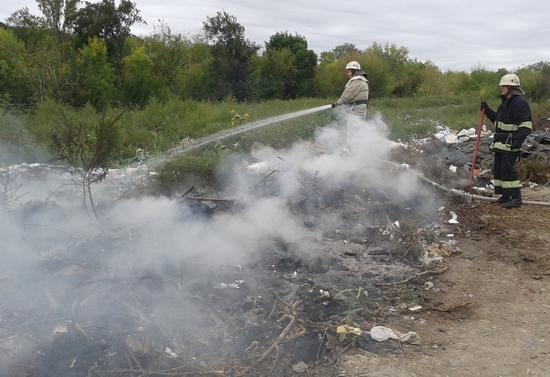 Протягом доби, що минула, рятувальники Кіровоградської області ліквідували дві пожежі сміття на відкритих територіях.