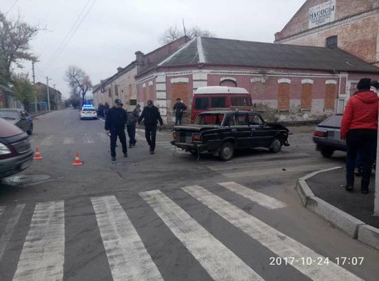 У Кропивницькому, майже в центрі міста, сталася ДТП