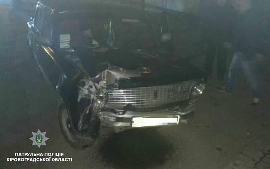 Вчора, 21 лютого, близько 17:30 по вулиці Пашутінській, 22, сталася дорожньо-транспортна пригода. На місце події патрульних поліцейських викликали випадкові свідки інциденту.