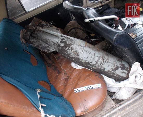 За попередньою інформацією, громадянин знайшов боєприпаси під час розкопок металобрухту за допомогою саморобного металошукача на відстані близько 10 км від селища Компаніївка.