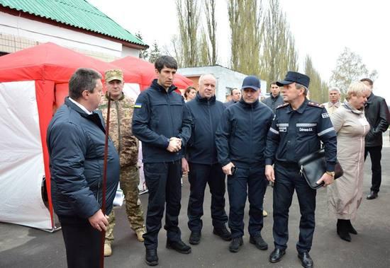Сьогодні на території Кіровоградського району під керівництвом голови облдержадміністрації Сергія Кузьменка відбулися командно-штабні навчання.