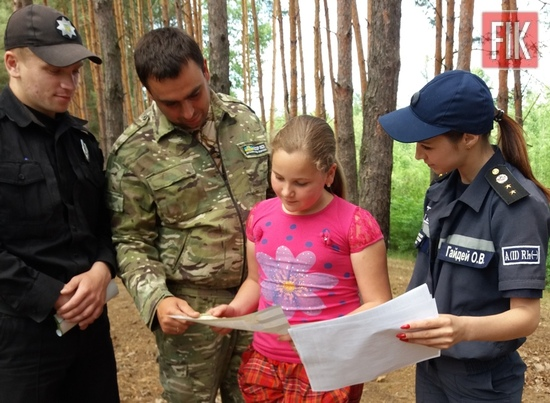 19 червня фахівці Служби порятунку разом із лісниками та поліцейськими організували рейдові перевірки щодо дотримання громадянами правил пожежної безпеки у лісових масивах на території Гайворонського та Олександрівського районів.