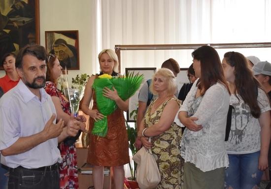 14 червня 2018 року у відділі Кіровоградського обласного художнього музею – картинній галереї Петра Оссовського «Світ і Вітчизна» відбулося відкриття виставки, присвяченої пам'яті Вероніки Стрижеус (1998-2018) «Натхнення у кольорі».