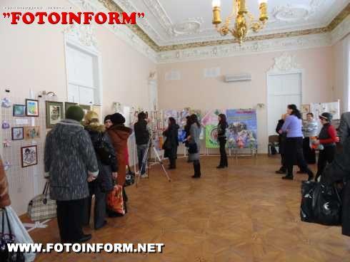 Придбавши витвір мистецтва-допоможеш безпритульному (ФОТО)
