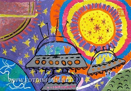 в Кіровоградському обласному художньому музеї відкрито виставку малюнків