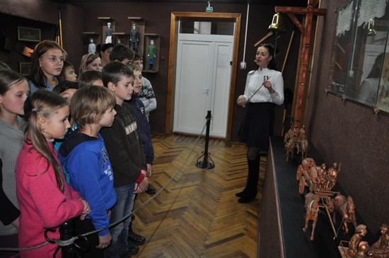 У Кропивницькому діти відвідують пожежно-технічну виставку-музей