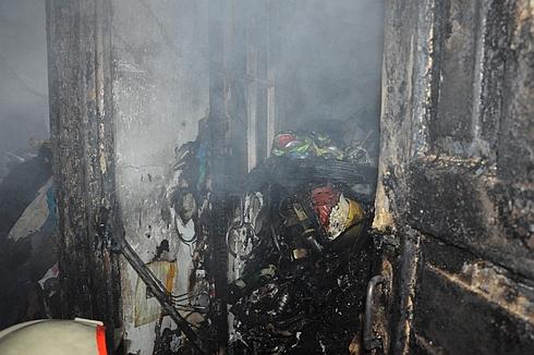 5 жовтня о 14:57 до Служби порятунку «101» надійшло повідомлення про пожежу у квартирі п'ятиповерхівки по вул.50 років Жовтня.