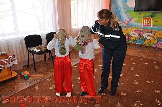 Вивченню правил безпеки життя присвячений Тиждень знань, який наразі триває у школах та дитячих садках Кіровоградської області.