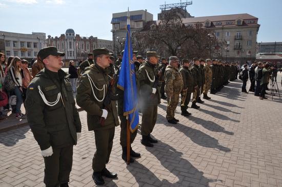 23 березня керівництво Управління ДСНС в області взяло участь у заходах з нагоди відзначення 3-ї річниці з Дня створення Національної гвардії України