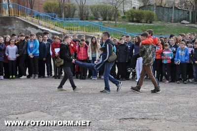 14 квітня з акцією «Запобігти. Врятувати. Допомогти» вони завітали до ЗОШ №13.