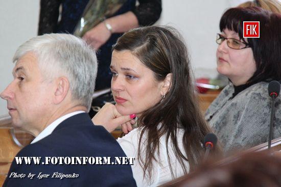 Сьогоднi, 27 квiтня, вiдбулася нарада голови ОДА Сергiя Кузьменко з керівниками структурних підрозділів облдержадміністрації, територіальних органів міністерств та відомств України в області.