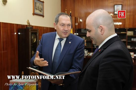 Андрій Райкович зустрівся з Генеральним консулом Республіки Вірменія (фоторепортаж)