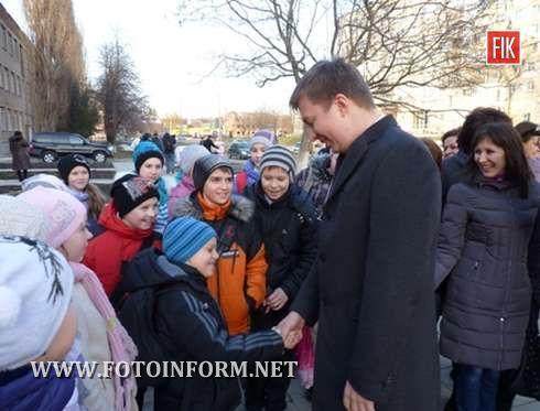 Кіровоградщина: Андрій Ніколаєнко відзначив, що ДЮЦ потребує невідкладного ремонту (фото)