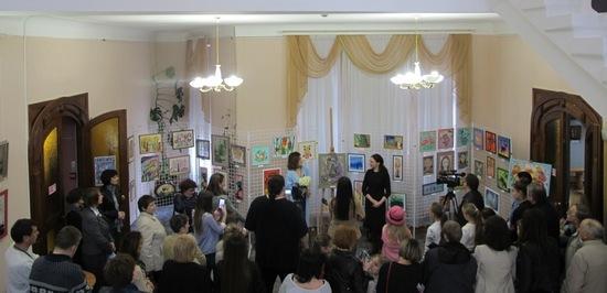 6 квітня 2017 року в Кіровоградському обласному художньому музеї відбулося відкриття виставки робіт вихованців художньої майстерні «Indigo».