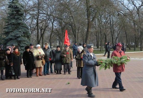 Сьогодні, 23 лютого, у Кропивницькому на території меморіального комплексу «Фортечні Вали» відбулися урочисті заходи з нагоди відзначененя 100-ї річниці створення Радянської Армії та Військово-Морського Флоту СРСР.