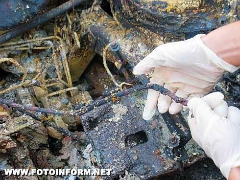 На Кіровоградщині 4 автомобіля пошкоджено внаслідок пожеж (фото)
