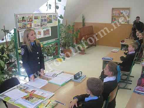 Інспектори ДАІ відвідали школу мистецтв (ФОТО)