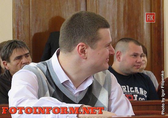 Кіровоград: депутати збільшили видатки для проведення ремонтів дворових територій
