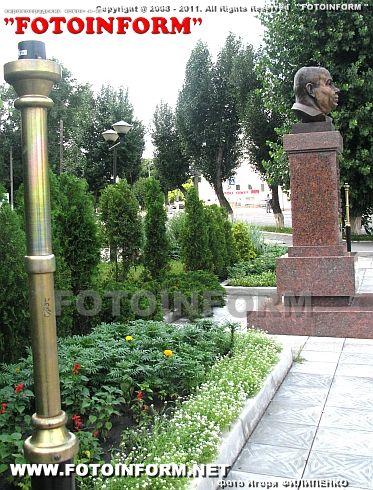 Вандализм в Кировограде продолжается (ФОТО Игоря Филипенко)