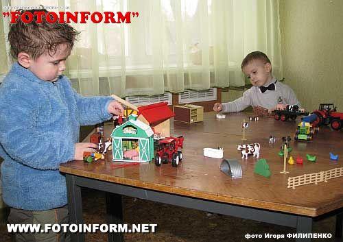 Центр реабилитации детей-инвалидов появился в Кировограде фоторепортаж Игоря Филипенко, FotoInform