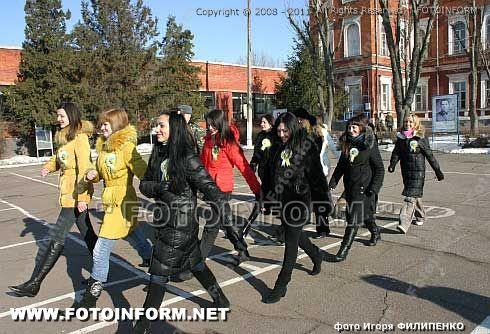 Кировоградские девушки попробовали солдатской жизни, ФОТОРЕПОРТАЖ Игоря Филипенко