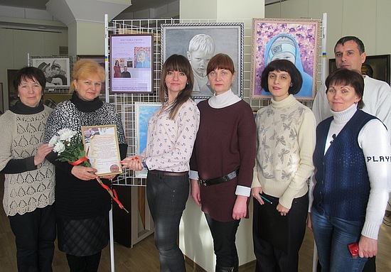 8 грудня 2016 року в Кіровоградському обласному художньому музеї відбулось відкриття виставки «Обличчям до обличчя» Сергія та Олени Литвишків.