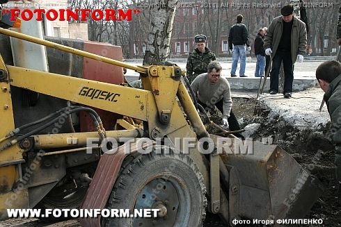 Кировоградцы вышли на субботник (ФОТОРЕПОРТАЖ) Игорь Филипенко