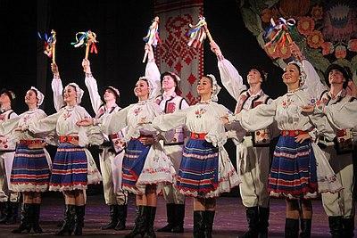 В Кропивницком состоялось грандиозное шоу знаменитого на весь мир Национального заслуженного академического ансамбля танца Украины им. П.П. Вирского.