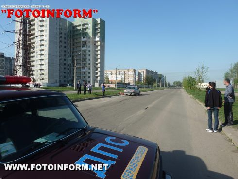 У Кіровограді на перехресті загинула жінка (ФОТОРЕПОТРАЖ)
