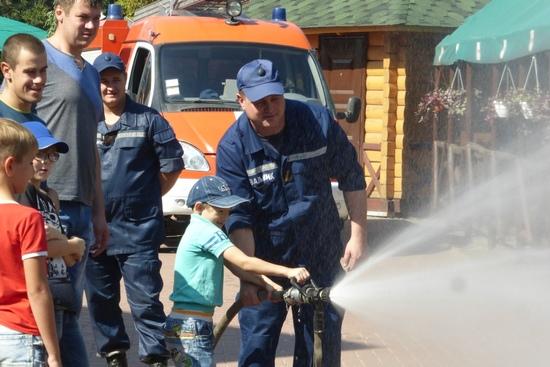 17 вересня в Україні відзначається День рятівника і вже стало доброю традицією, що у цей день рятувальники організовують навчально-розважальні заходи для мешканців Кропивницького.
