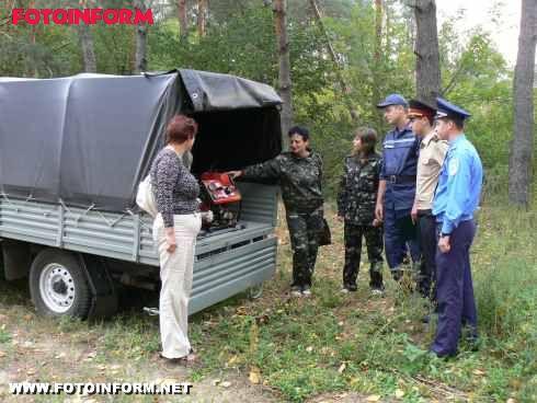 Рятувальники продовжують перевіряти пожежну безпеку в лісах