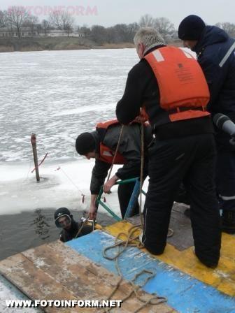 У Кіровограді продемонстрували як рятуватися на воді. (фото)