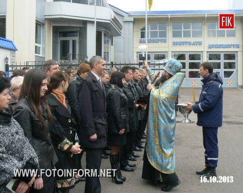 Свято Покрови Пресвятої Богородиці одне з найбільш шанованих свят українського народу, адже ікону Покрови шанувало ще українське козацтво