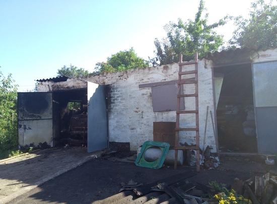 На Кіровоградщині горіли дрова разом з автівкою