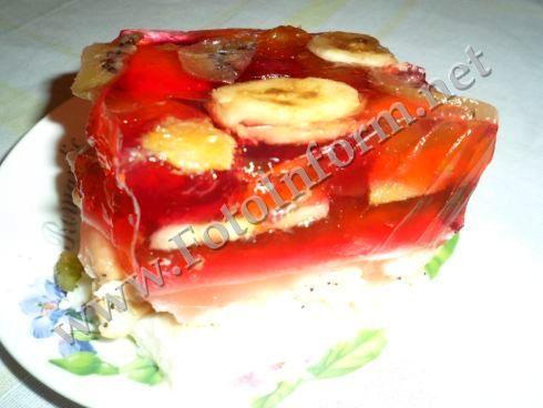 Желейный торт легкий в приготовлении и при его употреблении Вы не ощутите какую-либо тяжесть от насыщения.