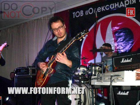 «Шедевры рок - гитары» группы «Внутри Zвука»