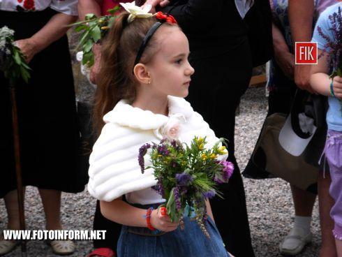 Кировоградцы празднуют Троицу (ФОТО)