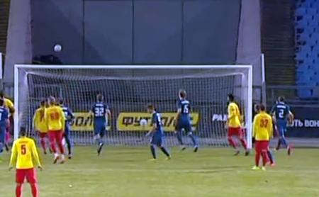 У матчі 20-го туру Ліги Парі-Матч кропивницьку «Зірку» на своєму полі приймала кам'янська «Сталь».